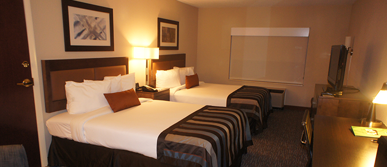 2 Queen Beds, Accessible Room, Non-Smoking suite in Wingate by Wyndham Chattanooga