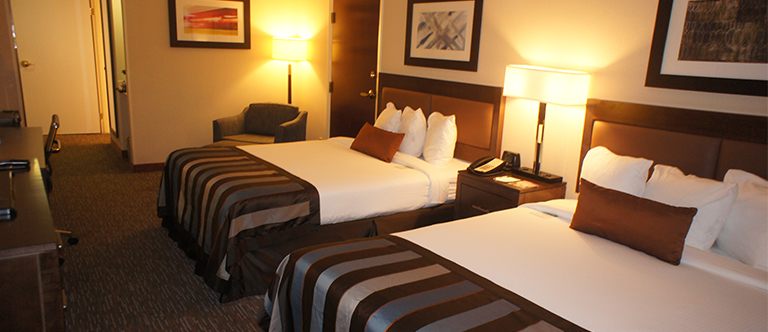 2 Queen Beds Non Smoking Room in Wingate by Wyndham Chattanooga Hotel